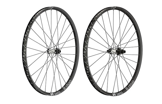 DT SWISS H 1700 SPLINE WHEELSET 29""