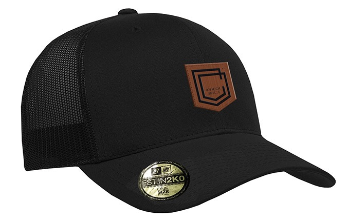 COMMENCAL SHIELD CURVED PEAK TRUCKER CAP BLACK LEATHER